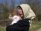 Også fattigfolkenes geder får kid til påske. I påsken smovser man i friske æg og nye mælkeretter