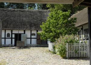 Bihaven ved Frilandsmuseets gård fra Bornholm
